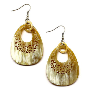 Lightweight Light Color Polished Horn Thick Teardrop Cutout Earrings | Pantallas Livianas y Anchas Talladas