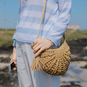 Small Bohemian Cross-Body Straw Purse | Pequeña cartera Bohemia de Paja Hecha a Mano