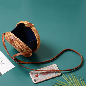 Small Rattan Cross-Body Leather Strap Purse | Cartera de Rattan Pequeñas con Mango de Cuero