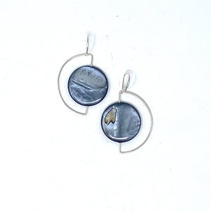 Minimalist 925 Silver Half-moon Earrings with Dark Mother of Pearl by Nelson Enrique