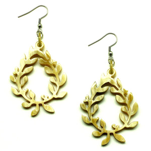 Lightweight Horn Lily Shape Earrings | Pantallas Livianas Cuerno