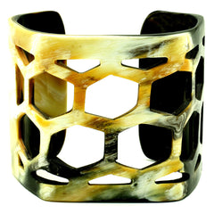 Polished Horn Lightweight Beehive Cuff | Pulsera de Cuerno Colmena