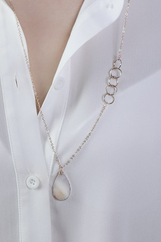 White Mother of Pearl Teardrop Necklace