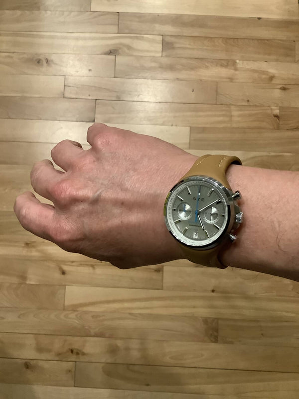 Meet Erick and its SYE MOT1ON Chronograph watch