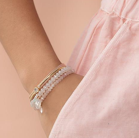 Leah Alexandra | Mini Social Bracelet in Rose Quartz