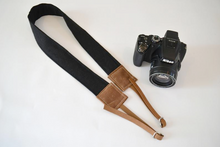Demi camera strap / Black linen & waxed canvas