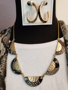 Mayra Hoop Earrings In Grey Python