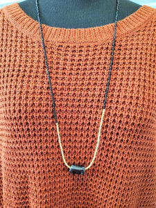 Dashline Long Necklace