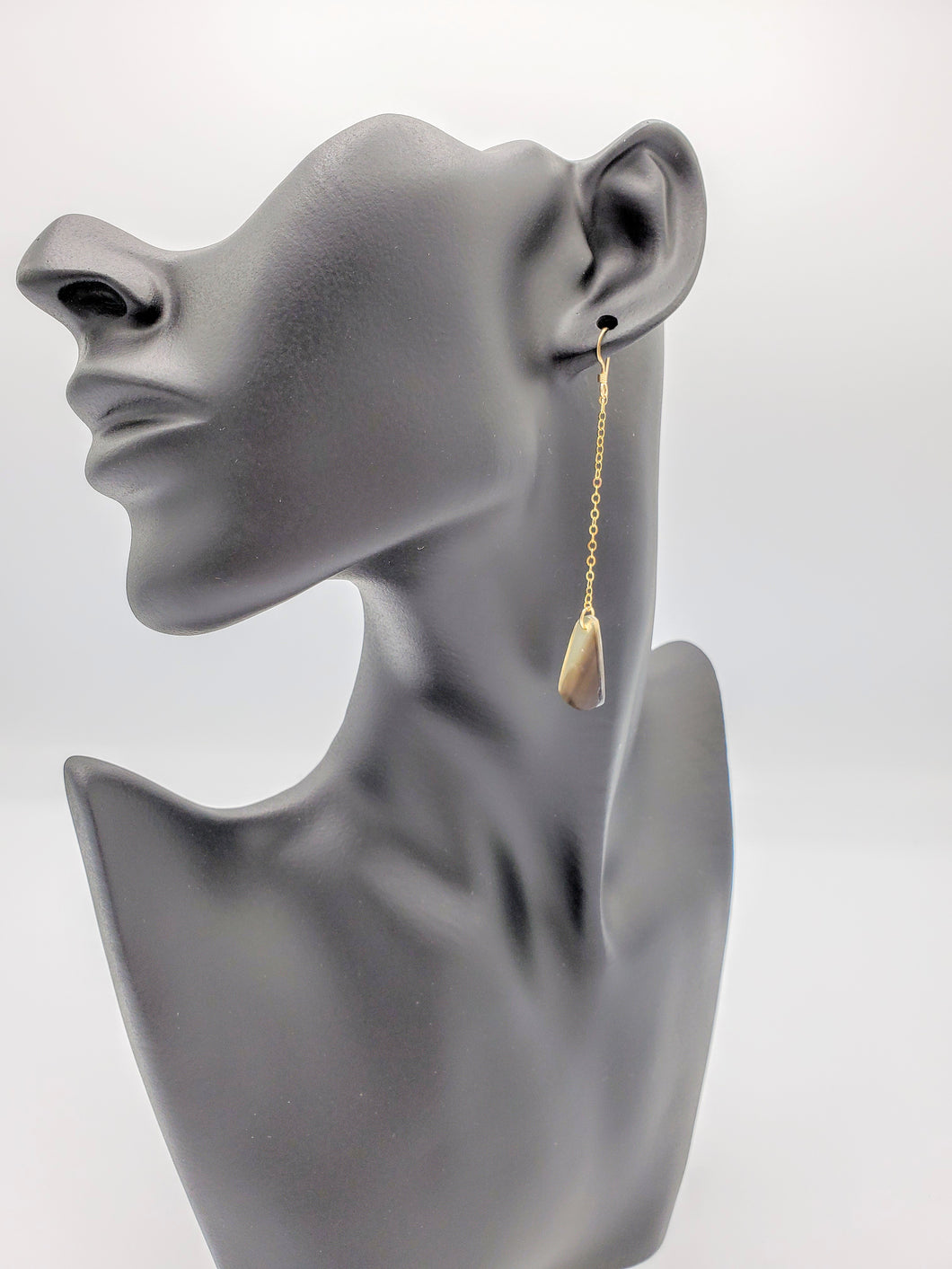 Shelsie Earrings - Ebony