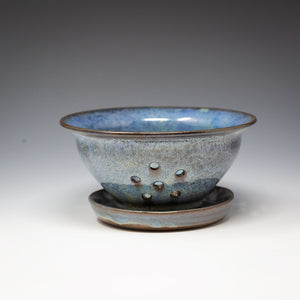 Berry Bowl with Saucer