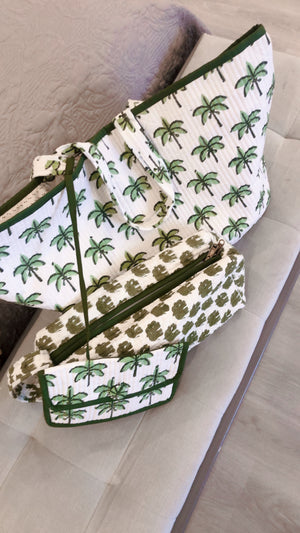 COTTON TOILETRY BAG - Green Leaf