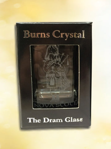 Dram Glass - Piper engraving