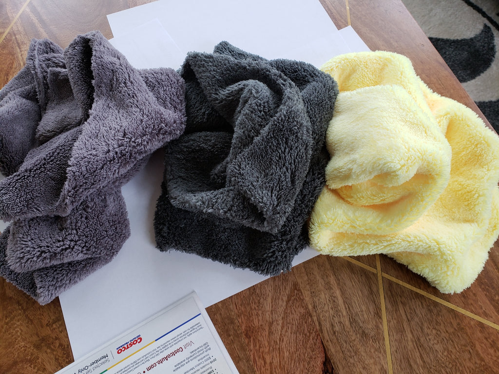 microfiber jack towel in gray, dark green and yellow