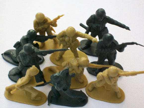 10 Toy Soldiers
