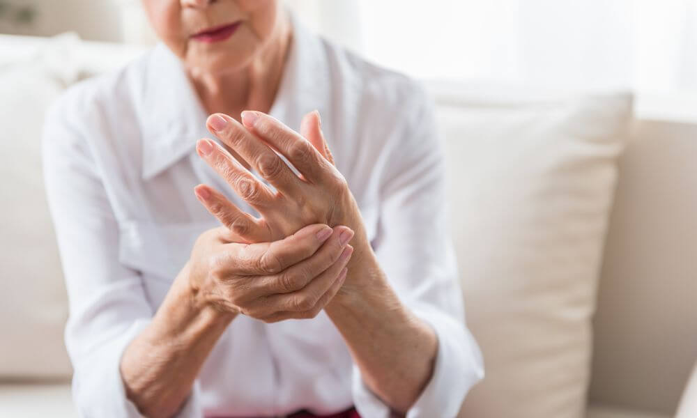 Cannabidiol (CBD) oil for arthritis - Can CBD oil Help Ease The Pain?