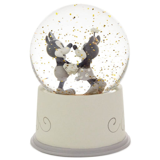 Love Came True Mickey and Minnie Snow Globe