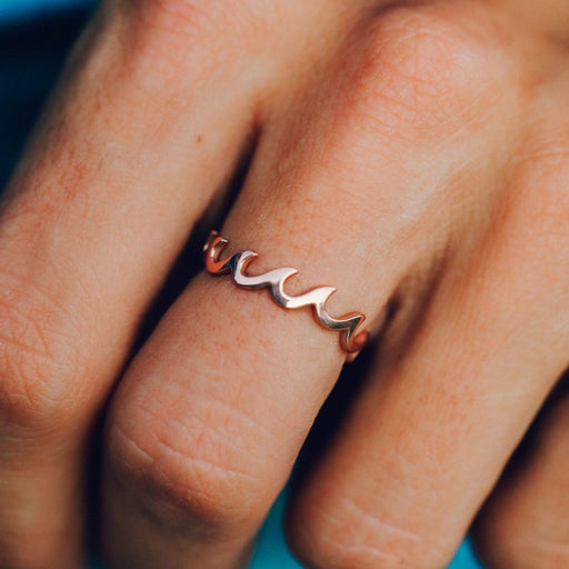 Wave Band Ring in Rose Gold
