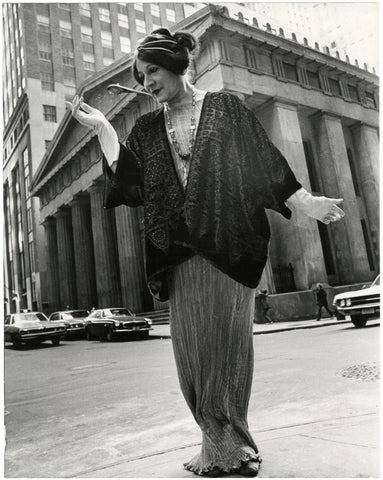 Photo credit: Bill Cunningham. Image courtesy New-York Historical Society. Federal Hall, New York City