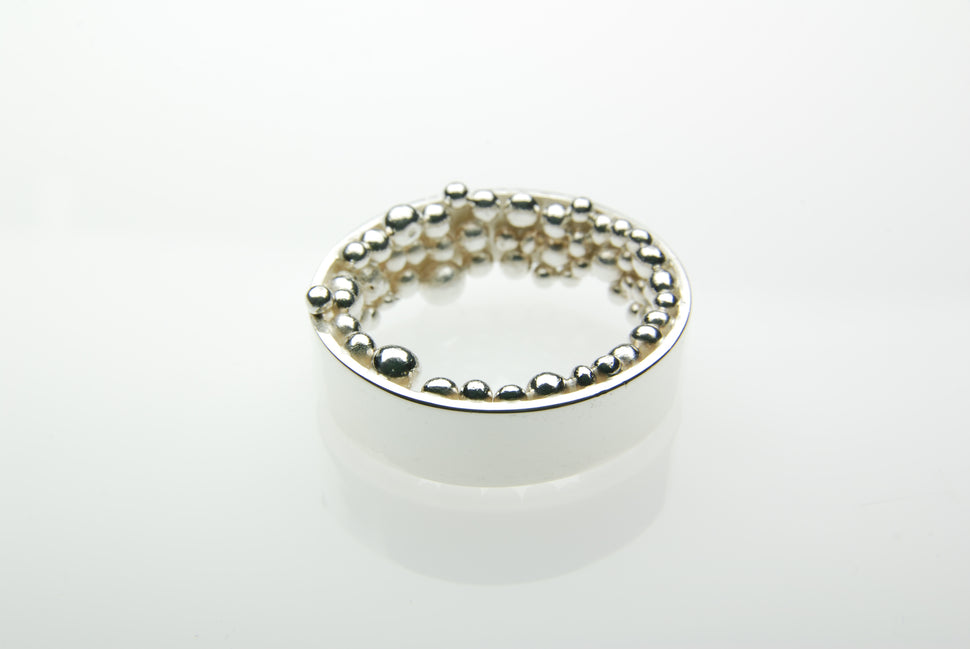 Kúla Silver Ring by Orr made of Sterling silver and countless pure silver balls