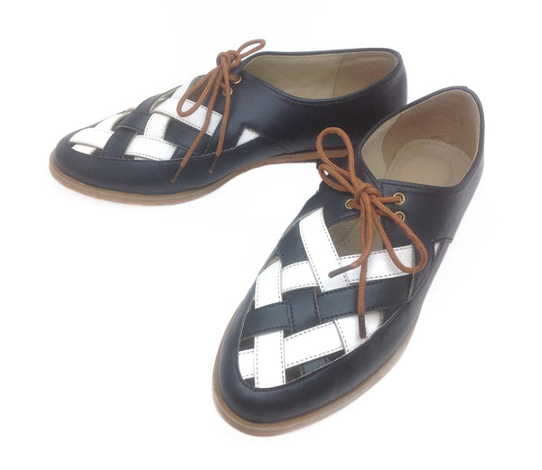 Black and White Oxford Shoes - Ness