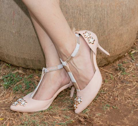 Washed Nude Heels with Embroidered Straps and Flowers - Ness