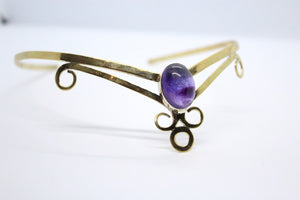 Single Oval Shaped Amethyst Stone | Brass Crown