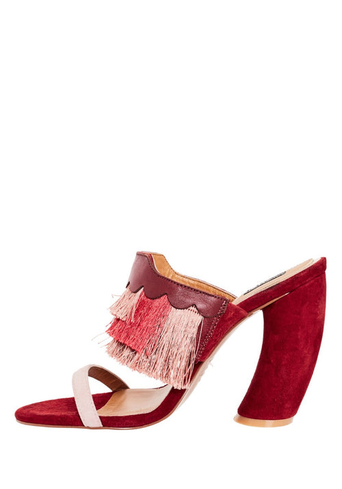 LUX CURVED HEEL CRANBERRY