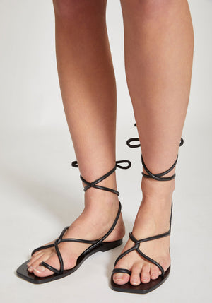 Kinsley Sandal Black