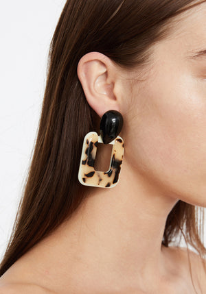 Abbey Earrings Tortoise