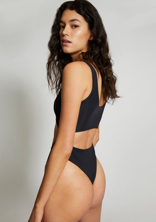 Cut Out One-Piece Utility Black