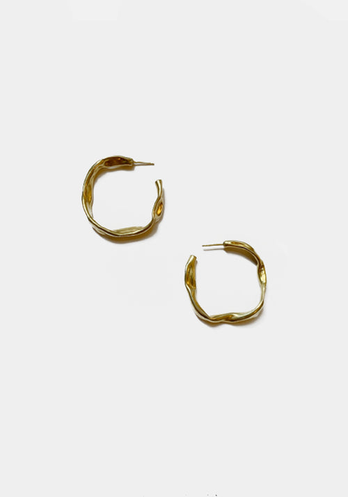 Tuchuzy Exclusive | Mini Crushed Tube Hoops 25MM Gold