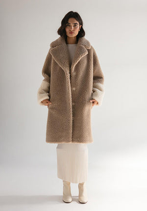 The Harriet Teddy Coat Oatmeal/Winter White Teddy