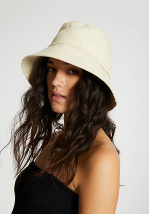 Wave Bucket Hat Cream