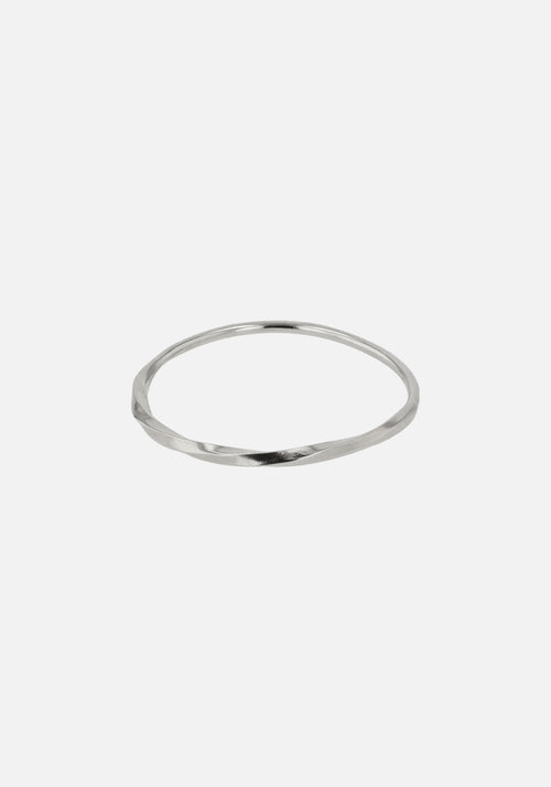 Fine Moebius Ring Silver
