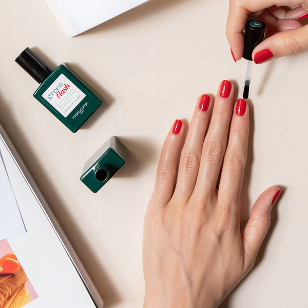 Kit completo manicura semipermanente Nomade Green Flash con Hortencia y Red Cherry