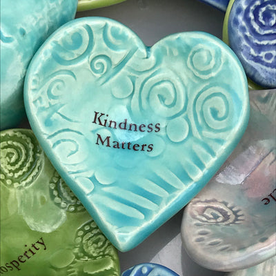 "Giving Heart ""Kindness Matters"""