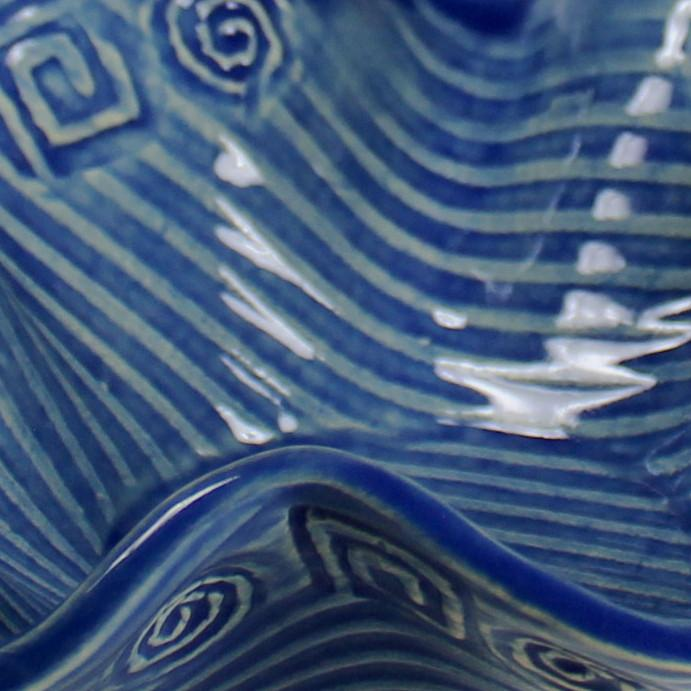 Wavy Bowl in Abstract Pattern