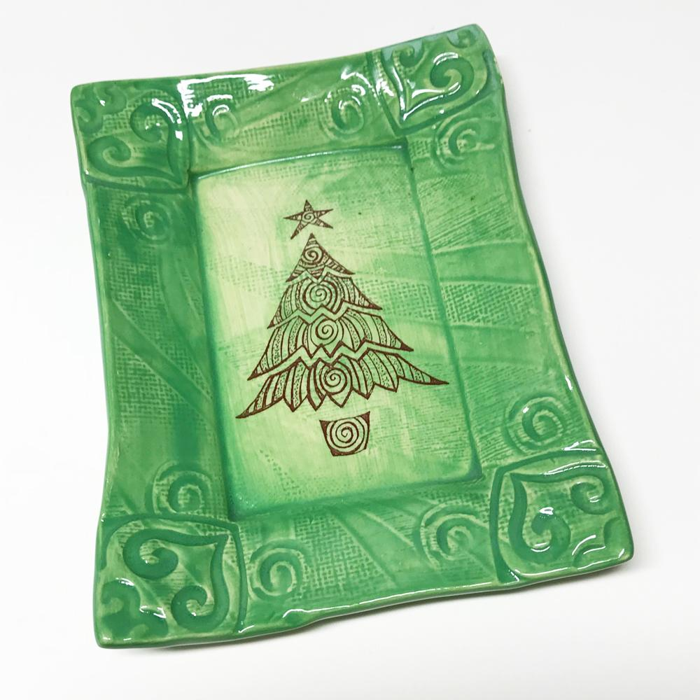 Lorraine Oerth Christmas Tree Design on green tray