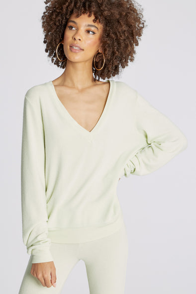 Baggy Beach Jumper Deep V  | Shore