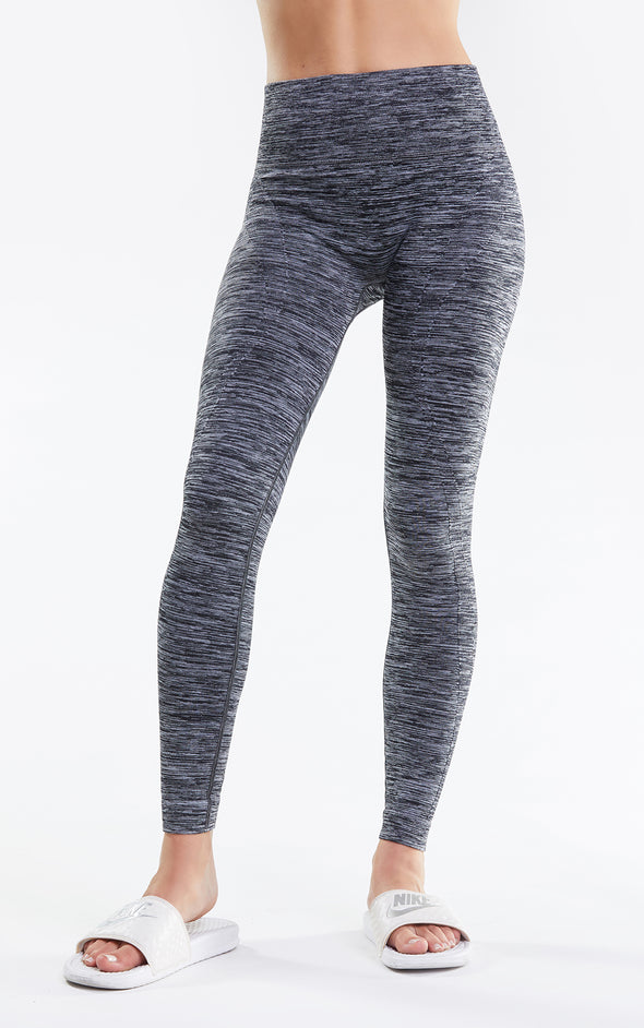 Kris Legging, Leggings, Tights, Activewear legging, Yoga pants, Clean Black, Wildfox
