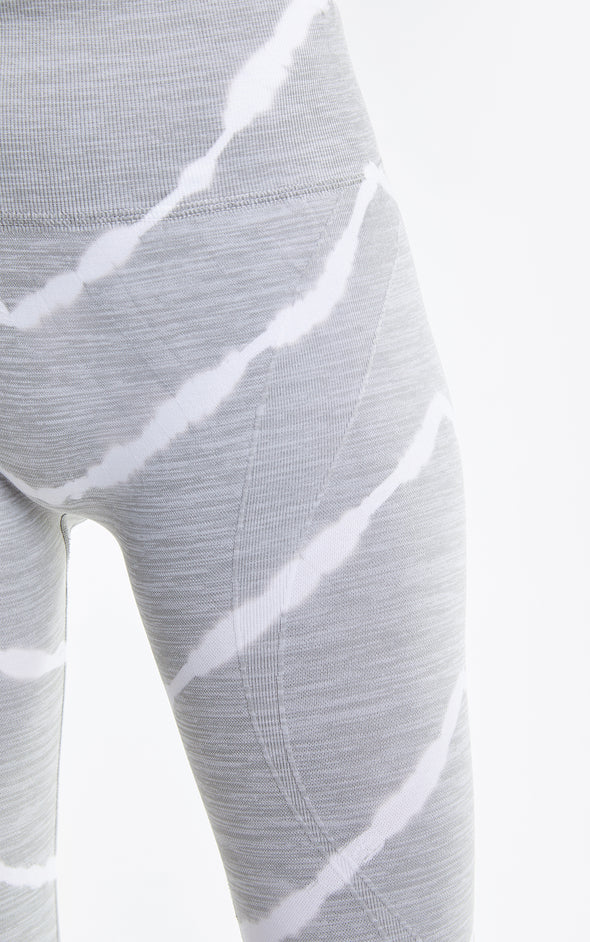 Kris Legging, Leggings, Tights, Activewear legging, Yoga pants, Heather Chevron, Wildfox