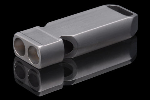 FOURSEVENS Flat Titanium Whistle - 120+ dB