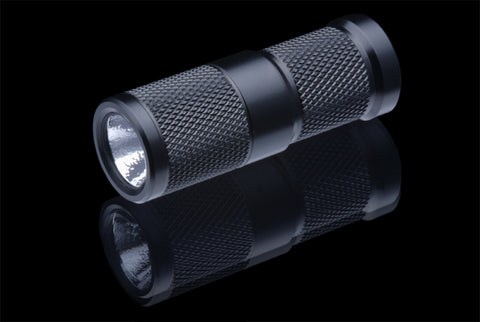 4Sevens Quark Mini CR2 Neutral White Flashlight
