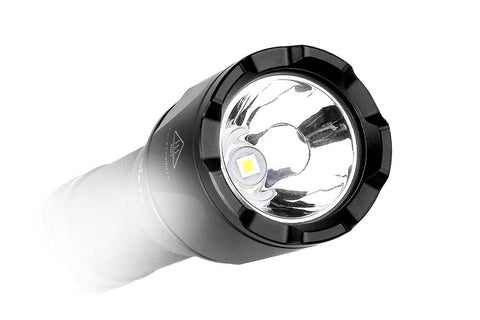 Fenix TK09 900 Lumen LED Flashlight / 18650 battery included