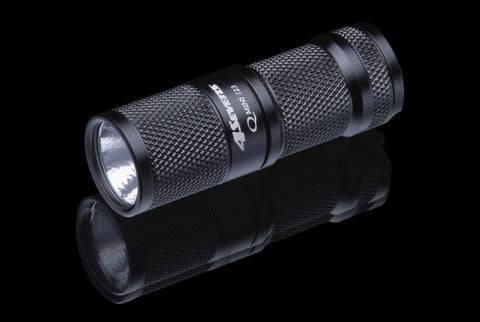 4Sevens Quark Mini 123 Warm White Flashlight