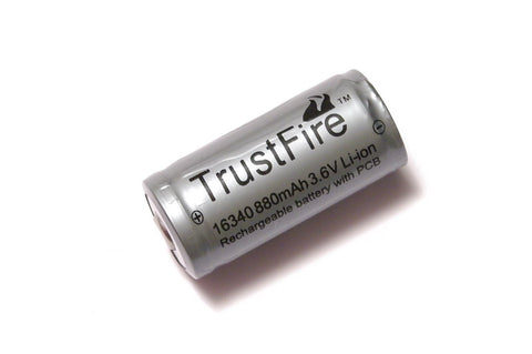 Trustfire 880 mAh RCR123 Protected Lithium Rechargeable Battery
