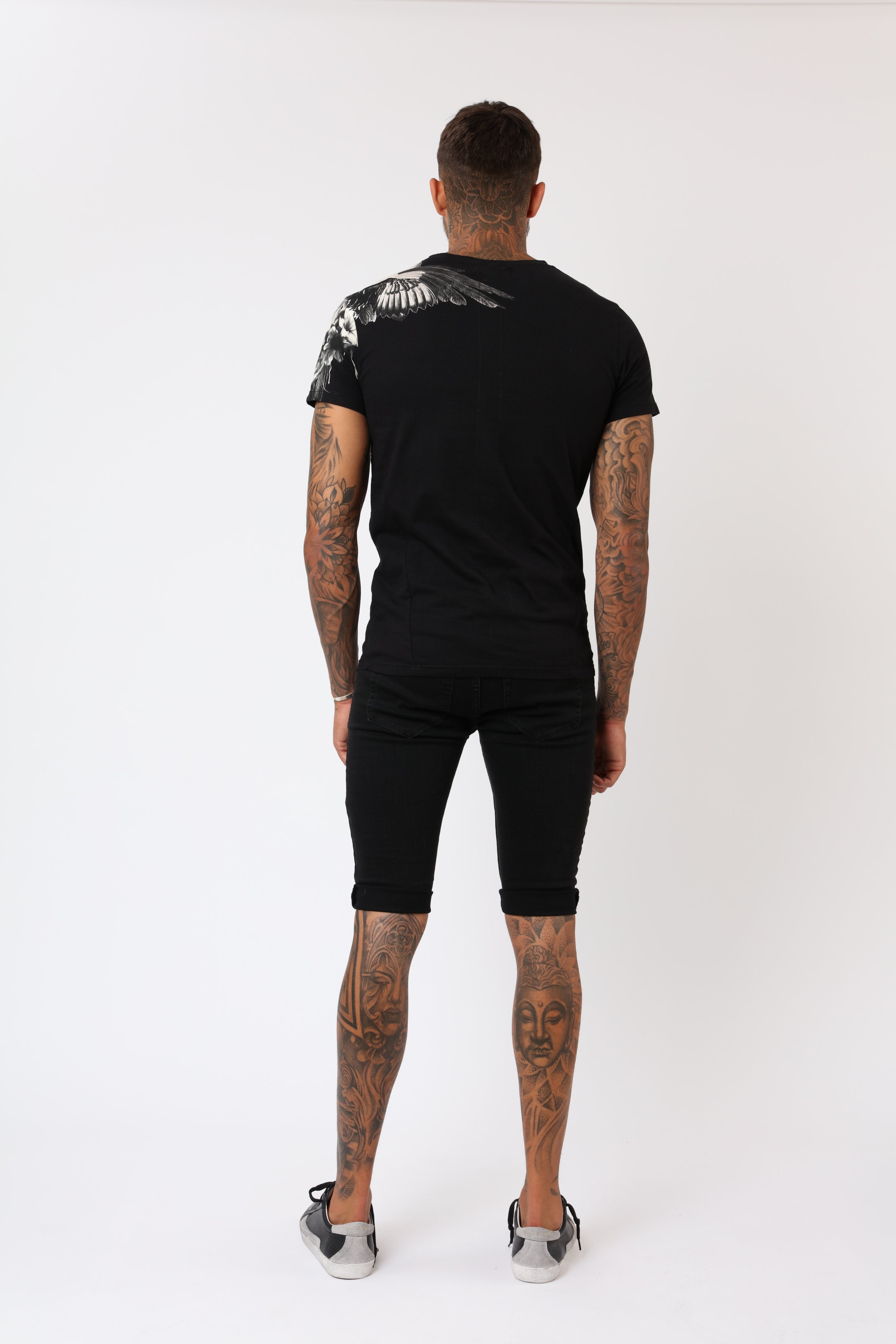 super soft lightweight cotton t-shirt in black