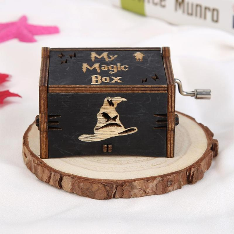 Vintage Wooden Hand Cranked Music Box Retro Home Ornaments Crafts Kids Gift