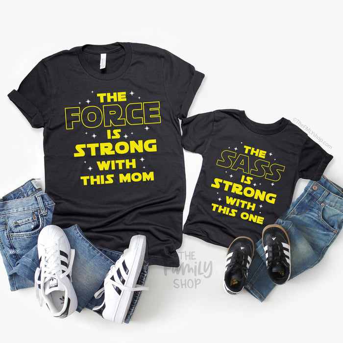 The Force Is Strong With this Mom / Star Wars Mom T-Shirt - Disney MatchingShirts, Disney Family Shirts, Disney Couple Shirts from The FMLY shop