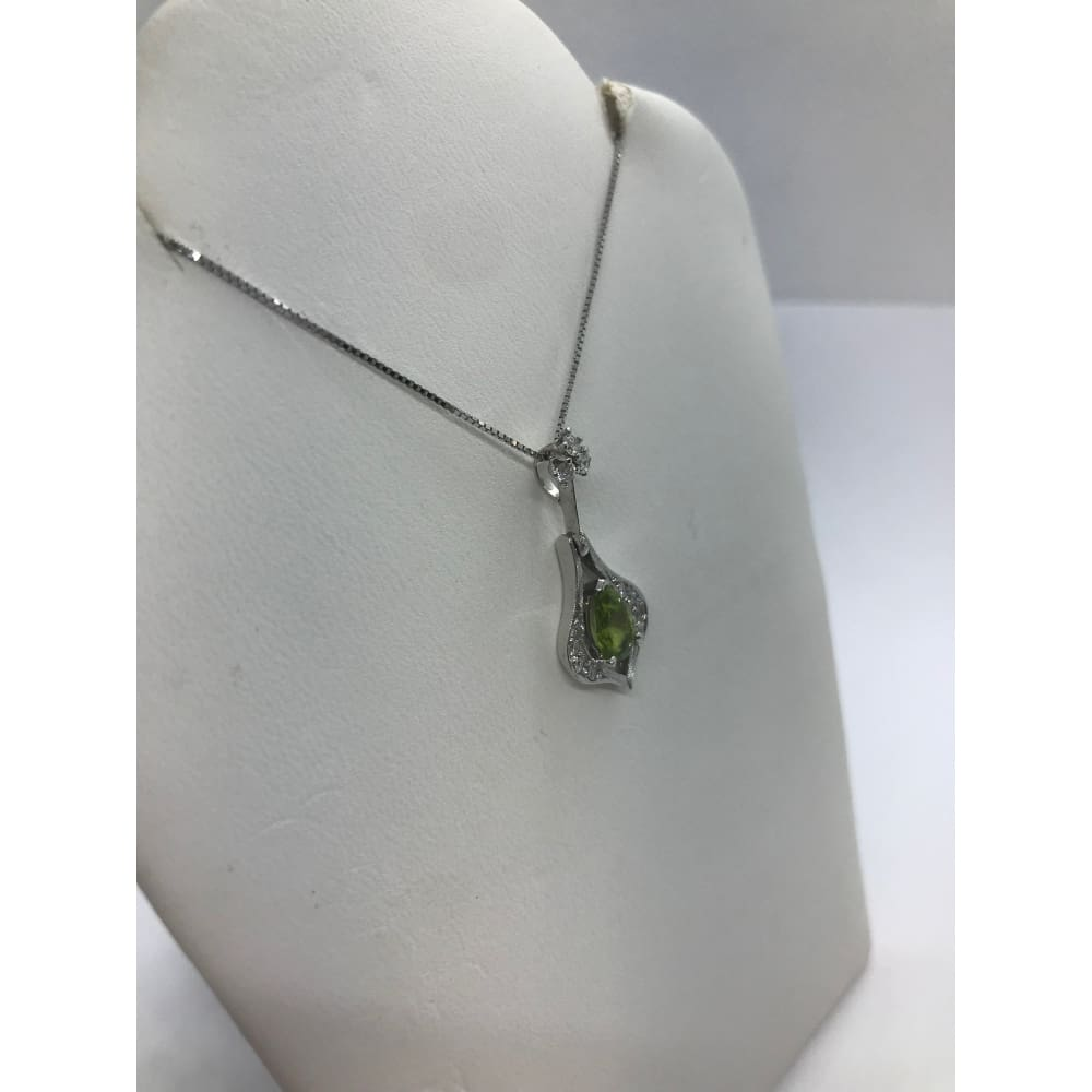 1.04 Ctw Peridot And Diamond Drop Pendant In 14K White Gold By Luxinelle® Jewelry - Necklace